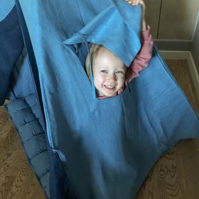 Вигвам для детей из голубого льна с контрастными шторками